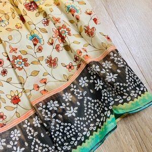 Dress Barn Skirts - 🎉5 for $25🎉  Dress Barn Floral Boho Skirt